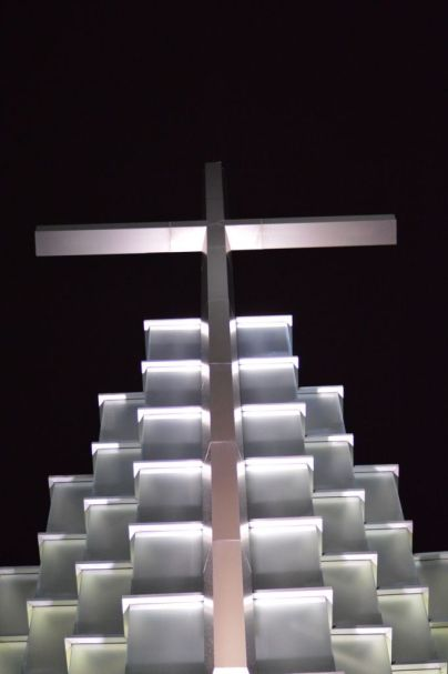 Cross at First Baptist Church