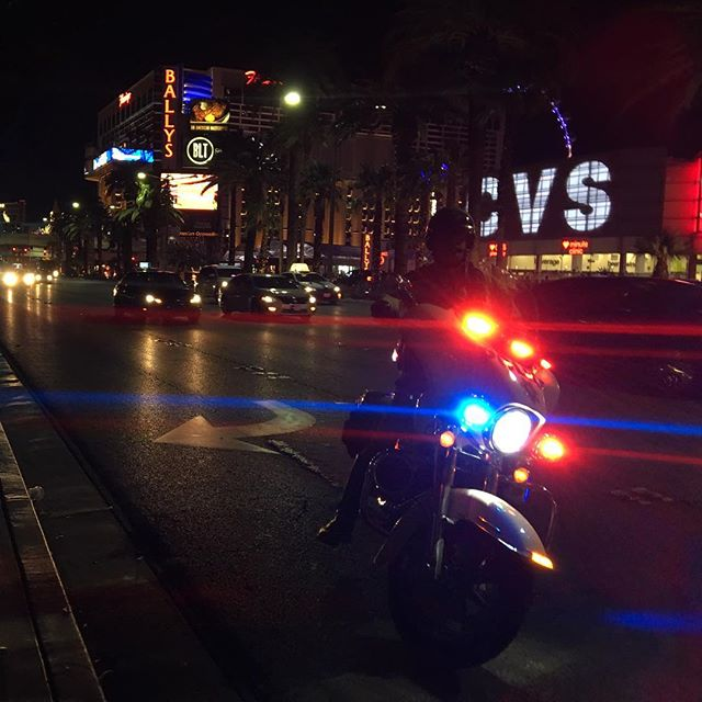 This cop had pulled over a taxi on the strip.