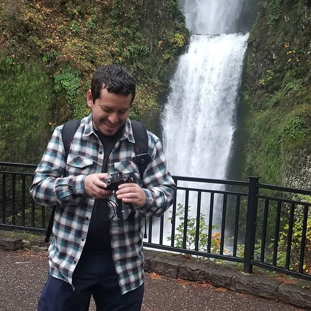 @eliorivero at Multnomah Falls