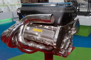 Ferrari_056_engine_2011_Tokyo_Motor_Show