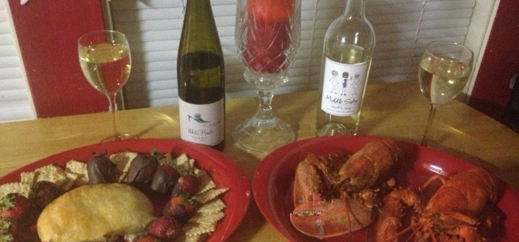 Mealtime Mondays: Lobster, Baked Brie and Strawberries w/Chocolate #Food #Recipes #MomsatHomeMeals