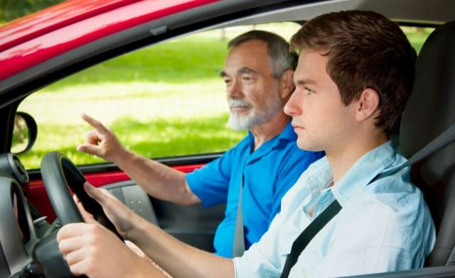 Five of the Most Important Driving Lessons to Teach Your Kids