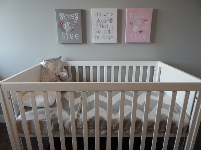 what to look for when buying a crib mattress