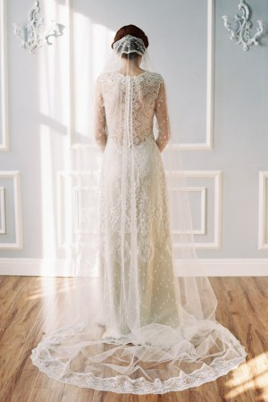 ARTEMESIA LACE EGE MANTILLA BRIDAL