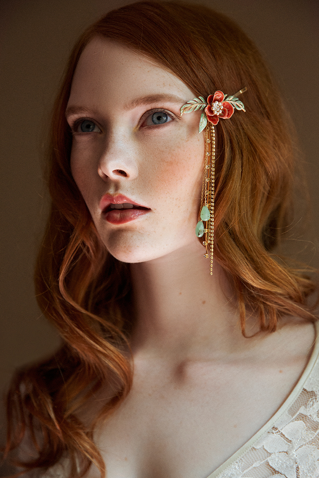PRUDENCE RED BRIDAL HAIR CLIP