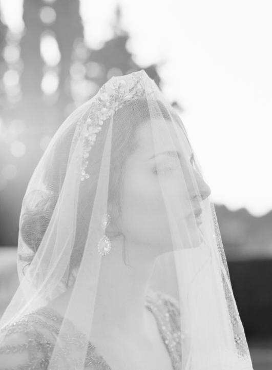 erica elizabeth designs crown & veil