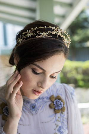 DAMSELFLY SPIRIT GALA BRIDAL CROWN NO. 2294