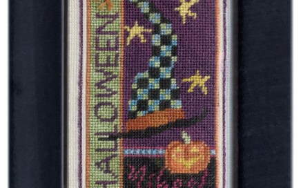 Halloween Bits   Original counted thread designs by Linda Stolz for Erica Michaels Designs   EricaMichaels.com