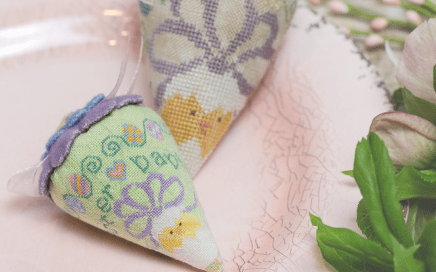 Easter Babies Berry - the linen and silk berries