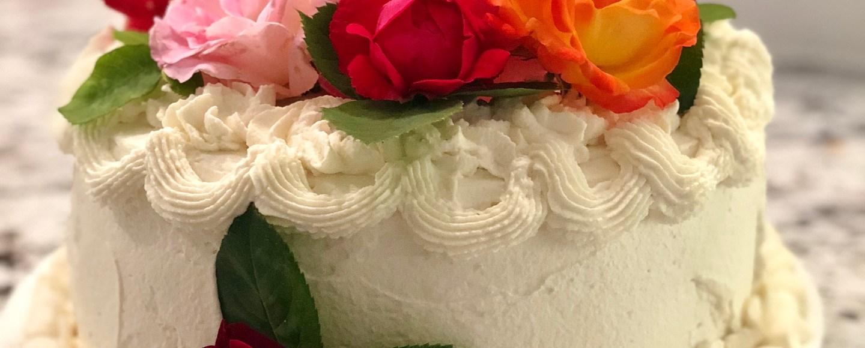 Raspberry Buttercream and Vanilla Layer Cake with Mascarpone Cream © 2018 ericarobbin.com | All rights reserved.