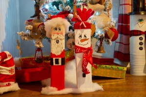 Wooden Christmas Characters © 2018 ericarobbin.com | All rights reserved.