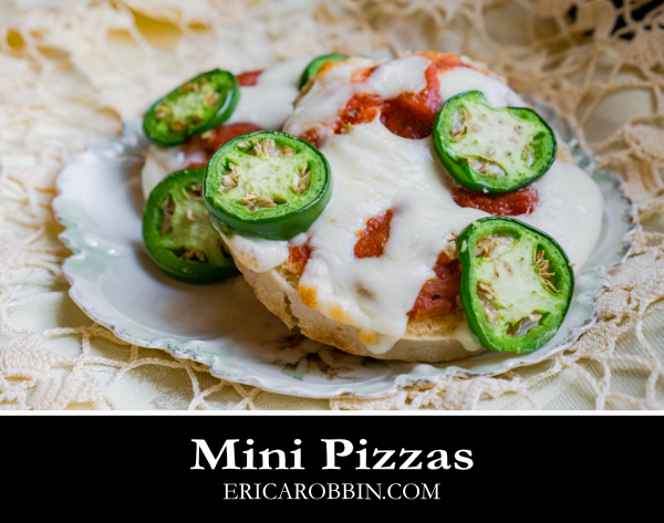 Mini Pizzas © 2018 ericarobbin.com | All rights reserved.