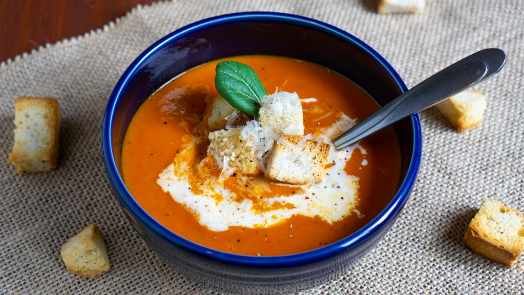 Roasted Red Pepper and Tomato Soup © 2019 ericarobbin.com   All rights reserved.