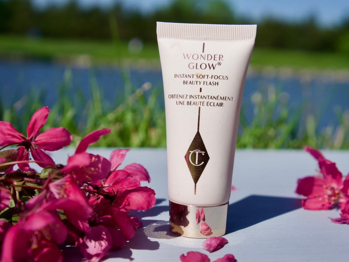 Wonder Glow Face Primer by Charlotte Tilbury © 2019 ericarobbin.com | All rights reserved.