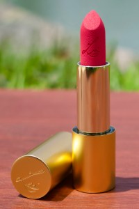 Lisa Eldridge Summer Pinks Collection Rainbow Spill Insanely Saturated Lip Colour in Gold Finish Lipstick Bullet