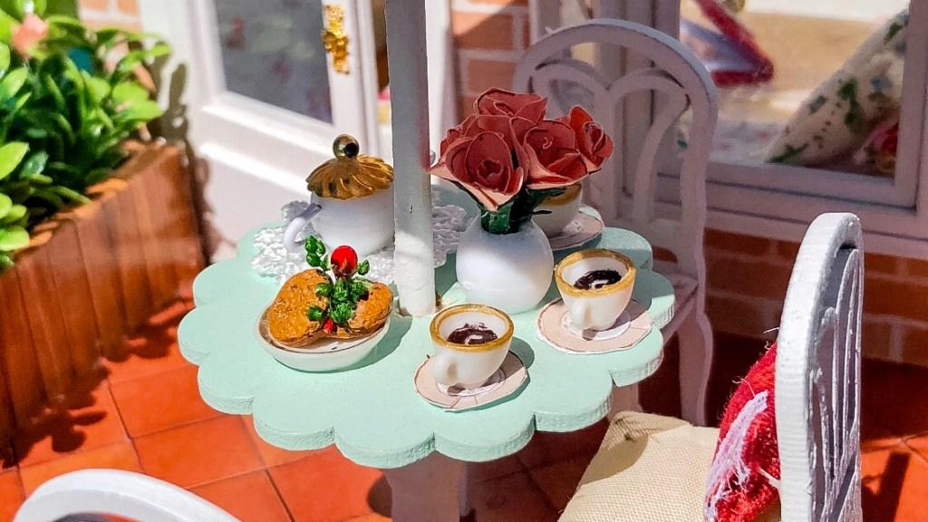 Miniature Tea Party | Erica Robbin