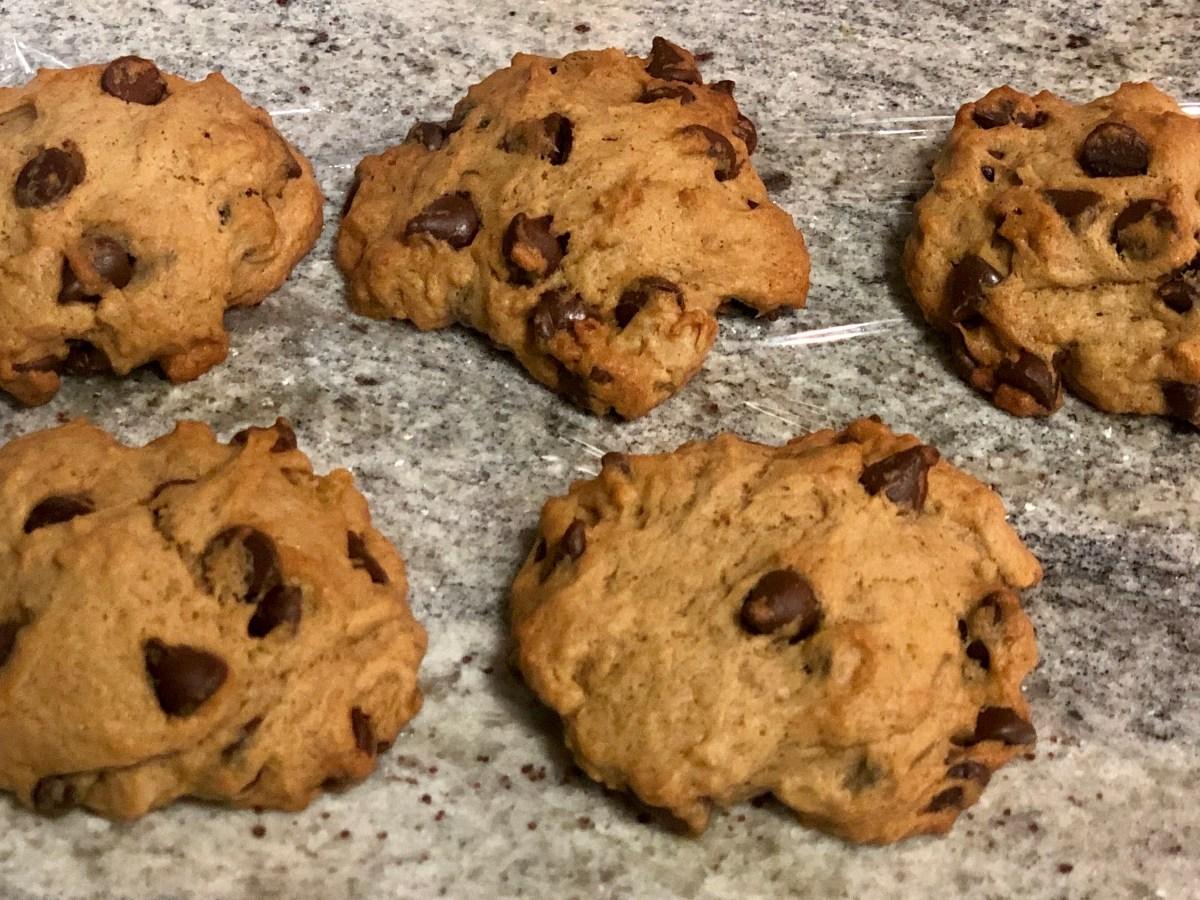 Pumpkin Lavender Chocolate Chip Cookies | Erica Robbin