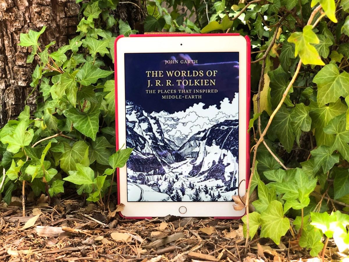 The Worlds o f J.R.R. Tolkien by John Carth | Erica Robbin