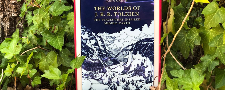 The Worlds o f J.R.R. Tolkien by John Carth   Erica Robbin