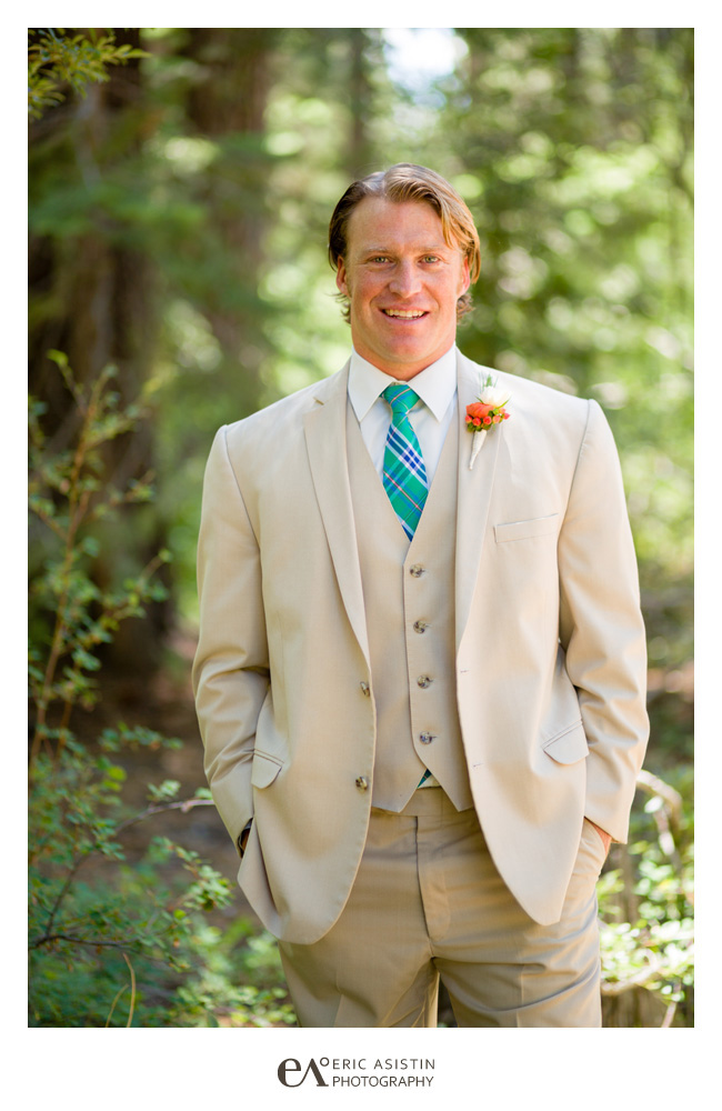Lake-Tahoe-weddings-at-Skylandia-by-Eric-Asistin-Photography_007