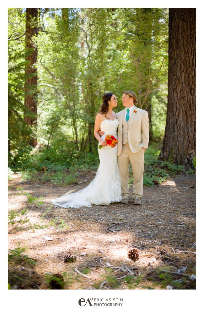 Lake-Tahoe-weddings-at-Skylandia-by-Eric-Asistin-Photography_014