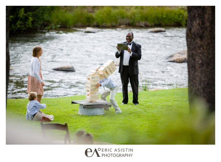 Weddings-on-the-Truckee-River-by-Eric-Asistin-Photography_049