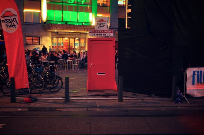 pizza-hut-delivery-point-marketing-belgium-brussels