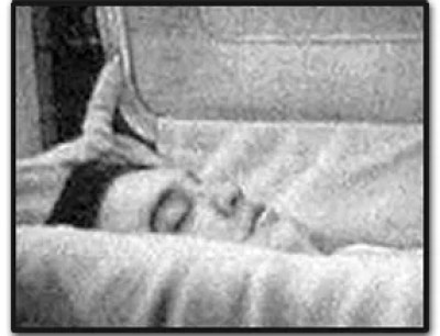 Elvis Death Photo 2
