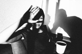 eric-kim-photography-cindy-project-black-and-white-5-berkeley-hand-shadow