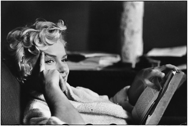 Elliott_Erwitt_USA_New_York_Us_actress_Marilyn_Monroe_1956