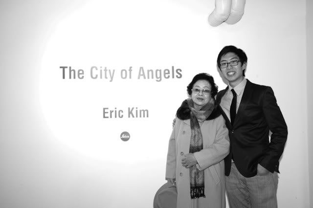 """Snapshots from my Korea Street Photography Workshop and """"The City of Angels"""" Exhibition"""