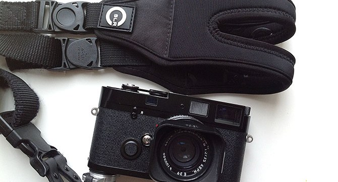 Review of the CSLR Glide Strap for Street Photography