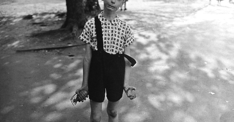 11 Lessons Diane Arbus Can Teach You About Street Photography