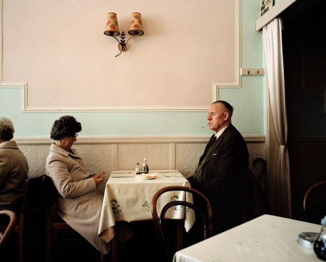 "Street Photography Book Review: ""The Last Resort"" by Martin Parr"