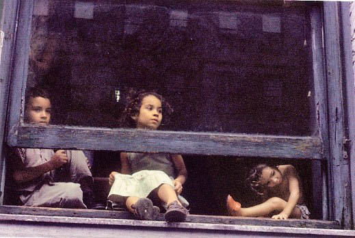 Helen Levitt / NYC (Kids in Window) 1959