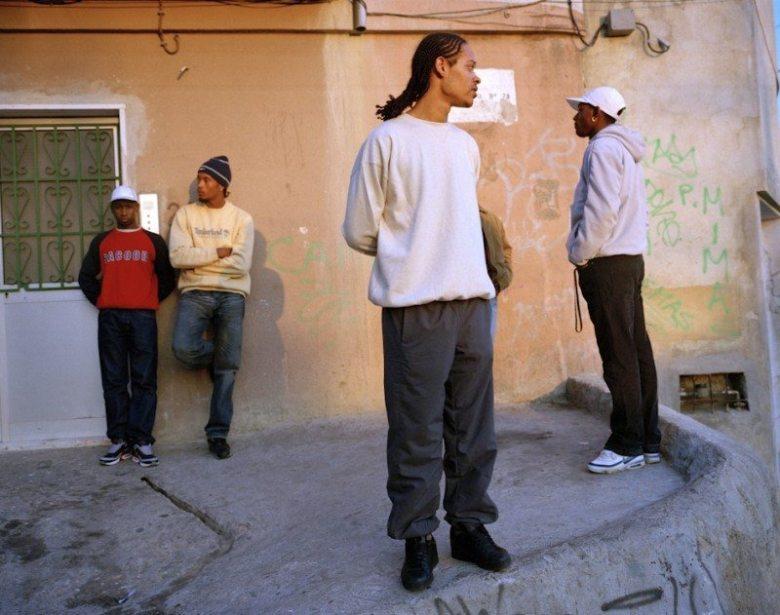 Photo by Susan Meiselas. Cova de Moura. 2004. The Corner.