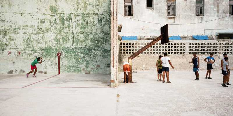 Neil Ta on Shooting Cuba with a Hasselblad XPan