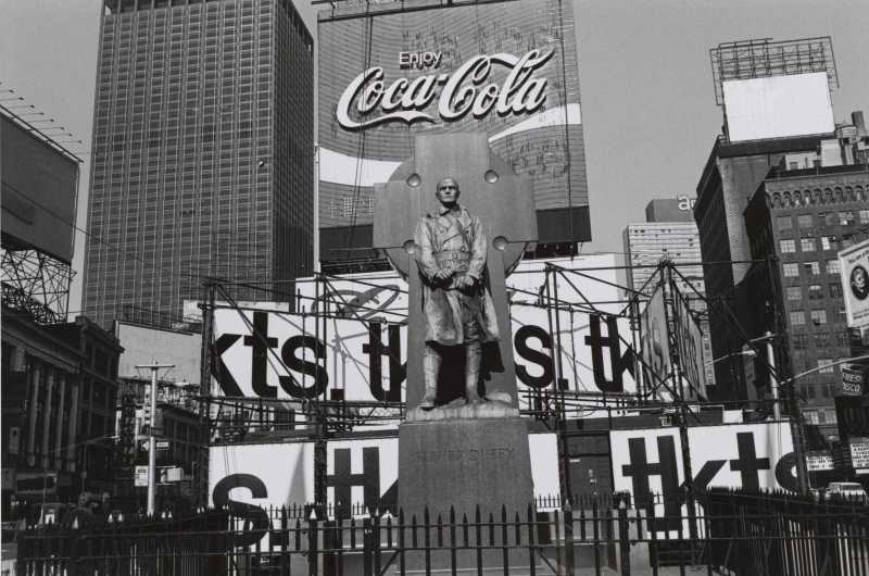 (c) Lee Friedlander