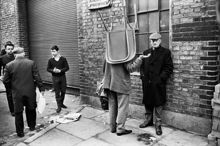 Brick Lane Market, 1966, Tony Ray Jones © National Media Museum, Bradford / SSPL