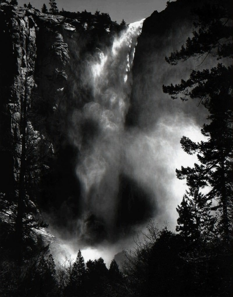 ansel-adams-black-and-white-landscape-photography-yosemite-waterfall