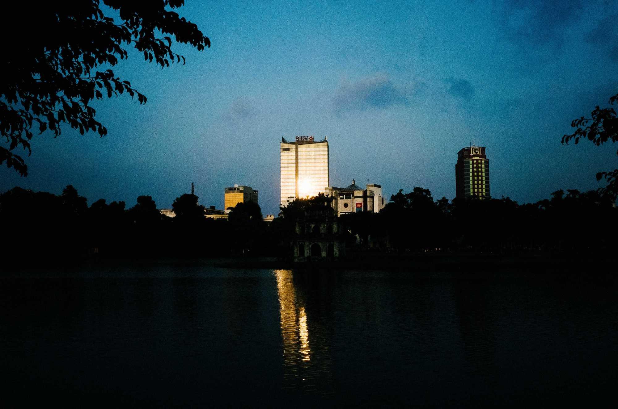 Hanoi Diary #7: Moving into a Serviced Apartment