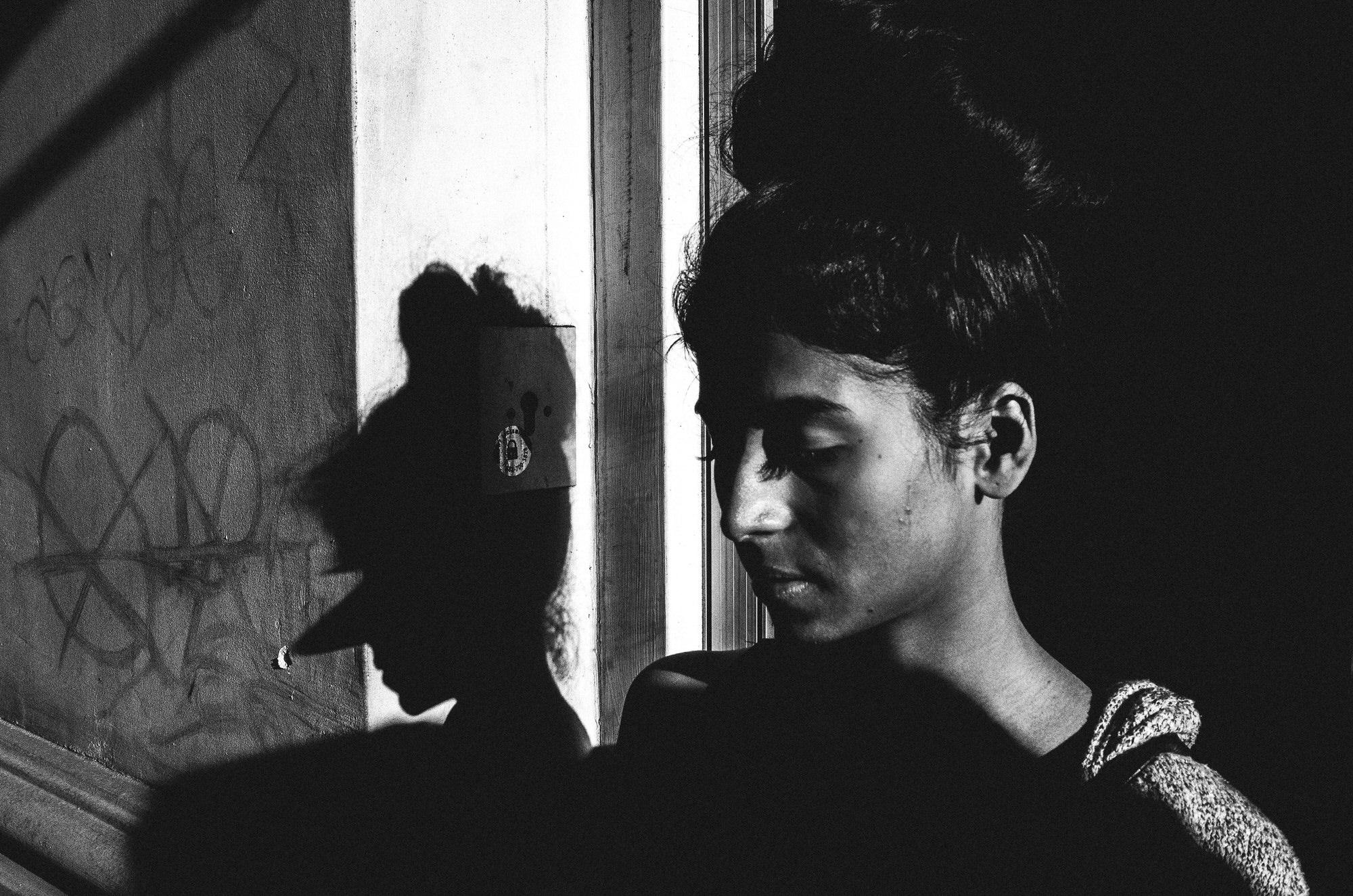 eric kim street photography - the city of angels - black and white-3-pinnochio-shadow-downtown-la.jpg