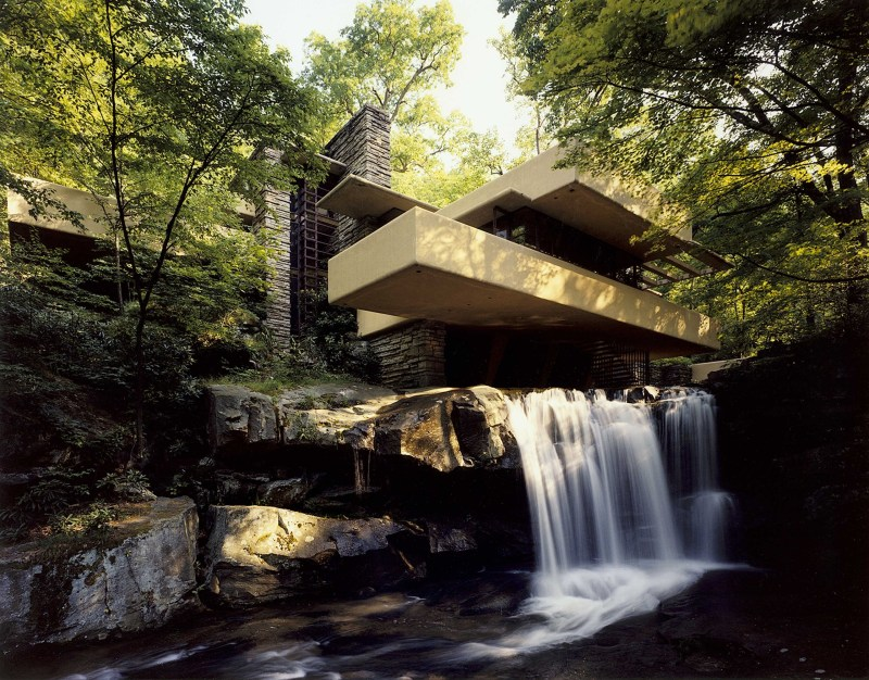Falling-Water-frank-lloyd-wright-2432375-2560-2003