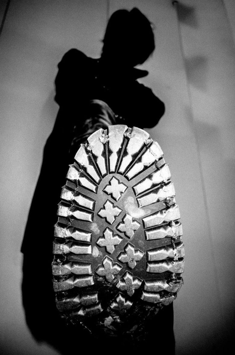 eric kim dark skies over tokyo street photography black and white 1 boot