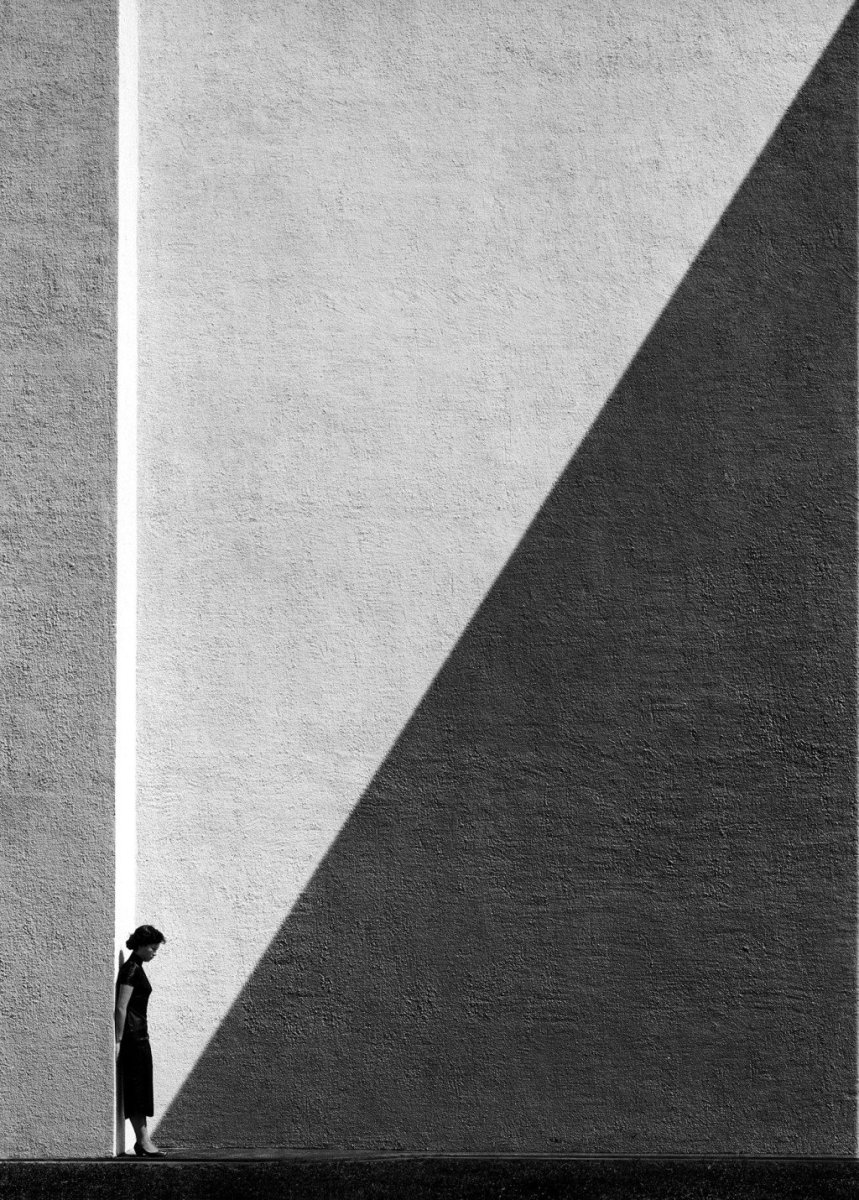 5 Lessons FAN HO Can Teach You About Street Photography