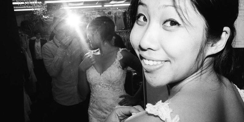 5 Reasons Why Wedding Photographers Should Learn Street Photography
