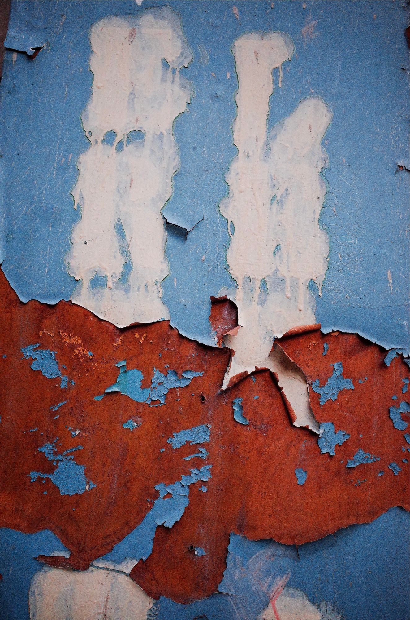 Blue and rust texture. Marseille, 2017