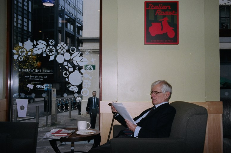 95140032 london suits coffee shop