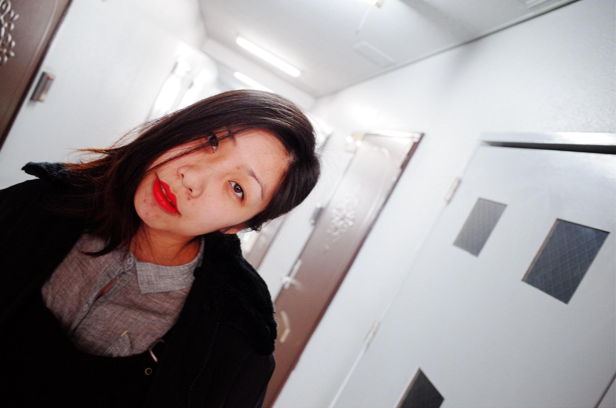 Cindy head tilt. Osaka, 2018