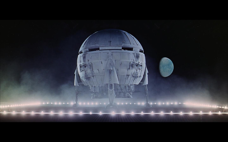 landing spaceship moon-5